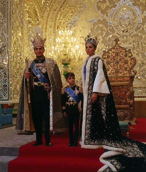 shah-iran-coronation-copy.jpg